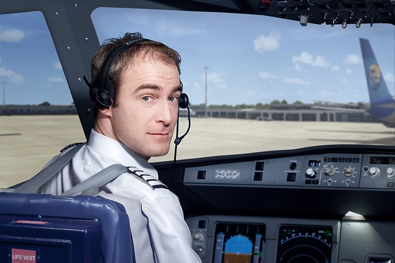 Command training flight simulators